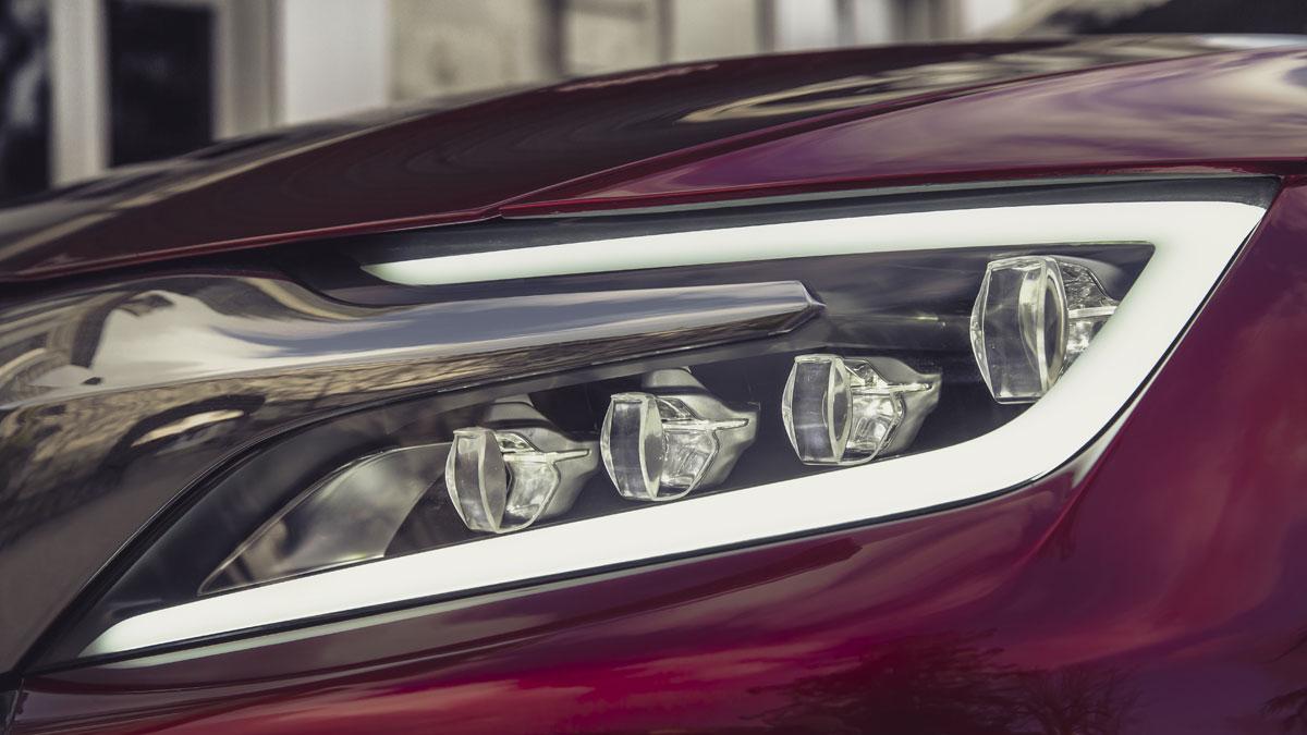 wild-rubis-concept-car-light